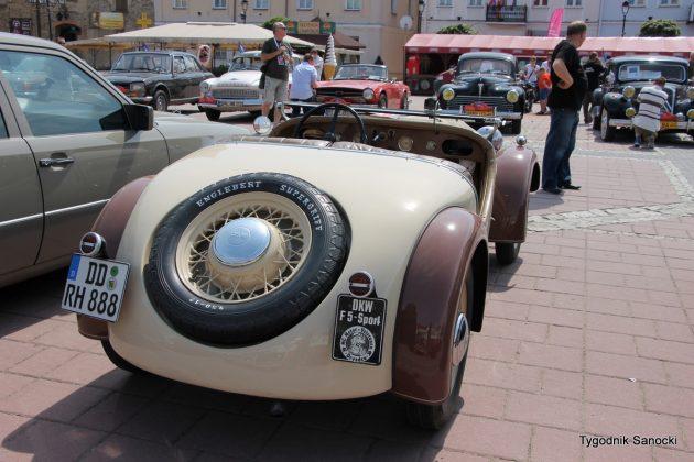 IMG 1950 001 630x420 - Klasyczne Automobile w Sanoku