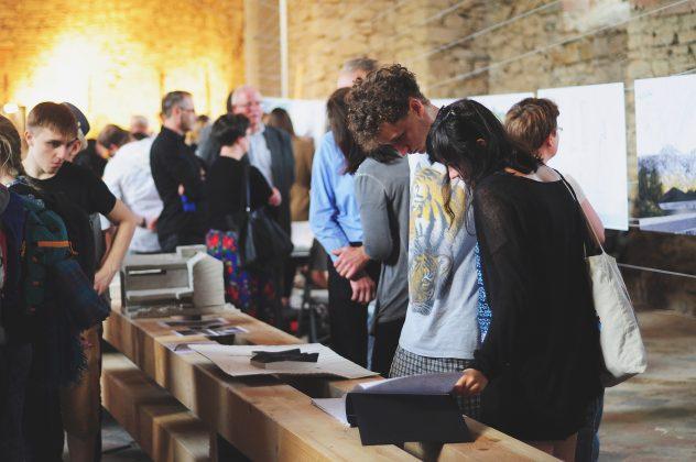 I wystawa pt. bieszczady 2015 4 632x420 - Młoda sztuka w starej cerkwi. Tkanka miejsca i współczesna architektura - zaproszenie do Baligrodu