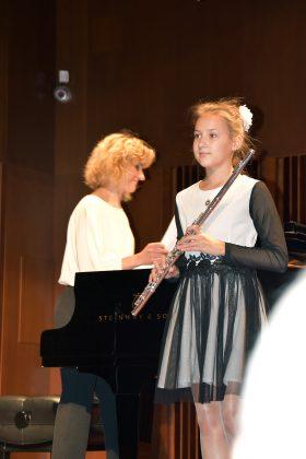 DSC 0790 280x420 - Nagrodzeni w auli Państwowej Szkoły Muzycznej