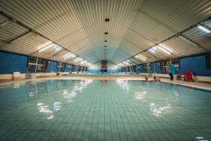 1 24 Kopiowanie 300x200 - Sanockie baseny wczoraj i dziś