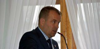 """Powiat: sesja absolutoryjna. 12 """"za"""", 4 """"przeciw"""", 5 radnych postanowiło wstrzymać się od głosu"""