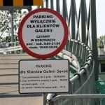 Horrendalna opłata parkingowa. Klienci oburzeni