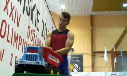 Brązowy medal sztangisty Gryfu