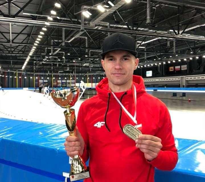 Dwa medale Piotra Michalskiego – złoto na kilometr i brąz na 500 metrów!