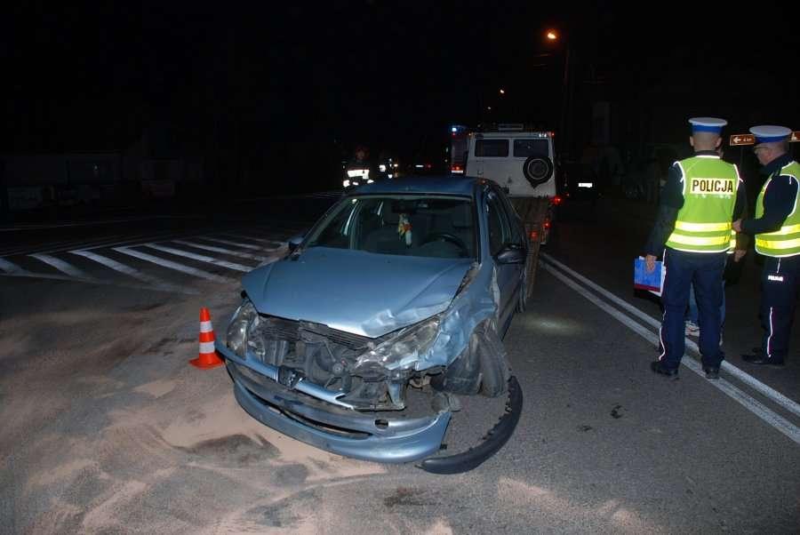 Zderzenie peugeota i forda w Grabownicy Starzeńskiej