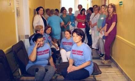 Głodówka pielęgniarek i położnych w sanockim szpitalu zakończona. Jest porozumienie!