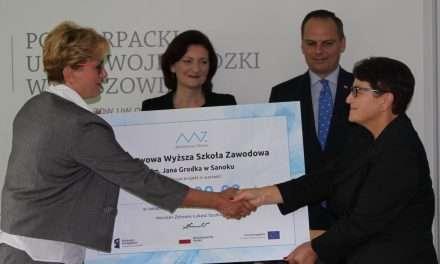 Stypendia dla pielęgniarek. Prawie 1 mln zł dofinansowania!