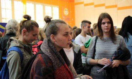 """""""Zatrudnienie Moim Priorytetem"""" – VII Targi Edukacji i Pracy w PWSZ"""
