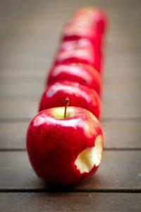 jabłuszka 200x300 - Weganizm wstyczniu. Przepis napasztet zciecierzycy icukinii