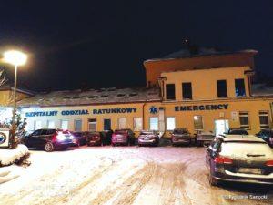 szpital w Sanoku 300x225 - Jak funkcjonuje szpital powiatowy?
