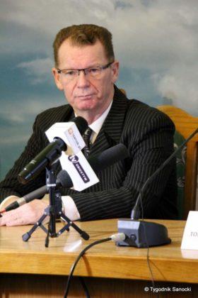Grzegorz Kornecki wiceburmistrz 11 280x420 - Grzegorz Kornecki wiceburmistrzem do Spraw Społecznych i Oświaty
