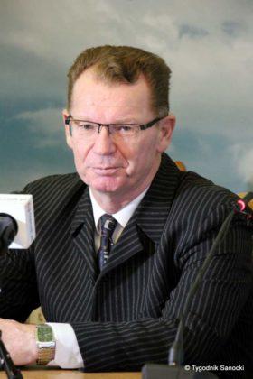 Grzegorz Kornecki wiceburmistrz 14 280x420 - Grzegorz Kornecki wiceburmistrzem do Spraw Społecznych i Oświaty