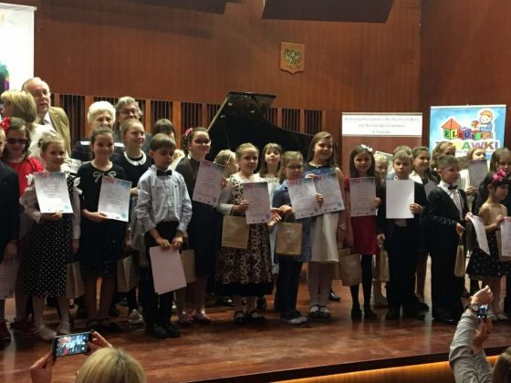 Koncert laureatów w Sali Koncertowej PSM 14 560x420 - Koncert laureatów w Sali Koncertowej PSM