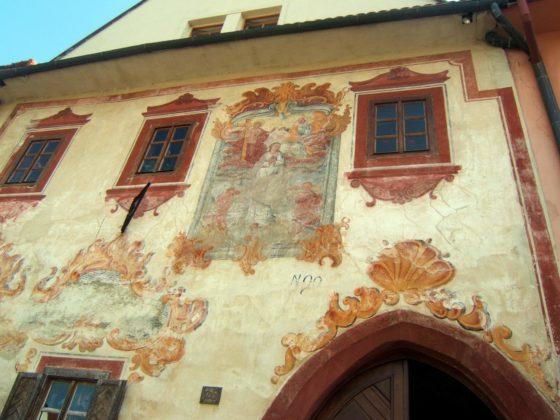 bardiejov. rokokowe dekoracje domu. fot t barucki 560x420 - Tadeusz Barucki: jeden dzień w Bardejowie