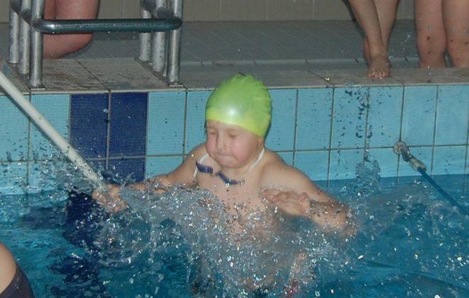 ekoball 661x420 - Nauka pływania z Ekoballem