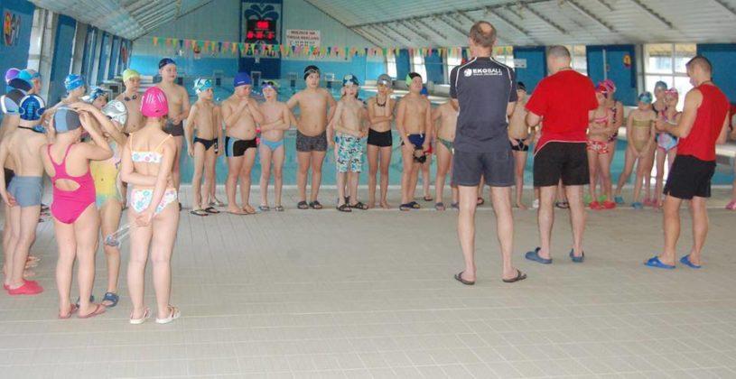 ekoball2 815x420 - Nauka pływania z Ekoballem