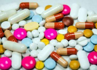 Afera z lekami w tle. Kilkaset osób zachoruje na raka