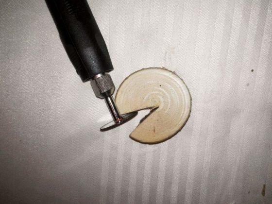 sanok michał pancerz 3 560x420 - Biżuteria z drewna
