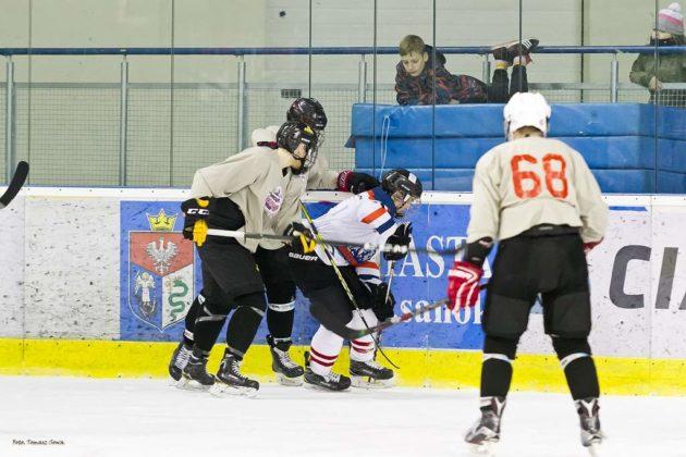 Niedźwiadki przegrały 2 5 z amerykańską drużynąEC Spartans 8 630x420 - Porażka bez konsekwencji