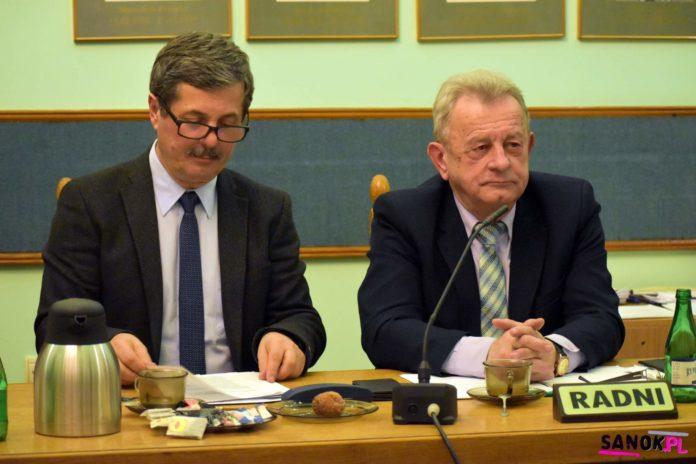 Radny Babiak zlikwidował komitet wyborczy burmistrza Matuszewskiego