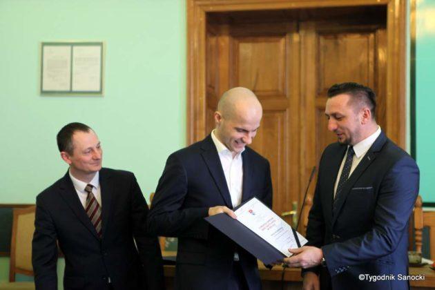 Tomasz Matuszewski i Paweł Hydzik wręczyli najzdolniejszym sanoczanom stypendia sportowe 14 630x420 - Stypendia dla sanockich sportowców przyznane