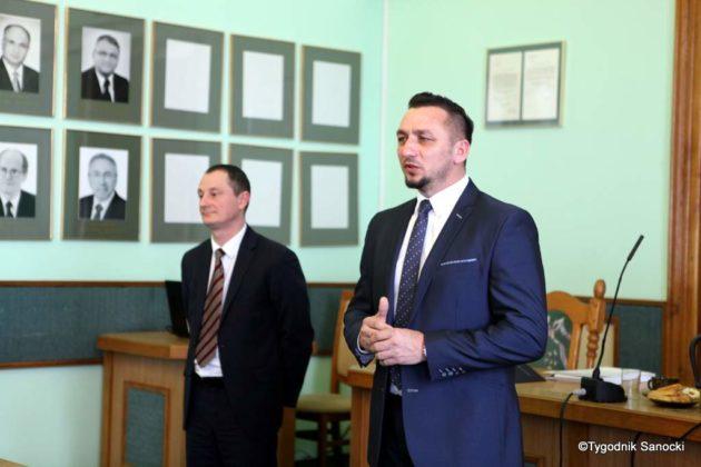 Tomasz Matuszewski i Paweł Hydzik wręczyli najzdolniejszym sanoczanom stypendia sportowe 37 630x420 - Stypendia dla sanockich sportowców przyznane
