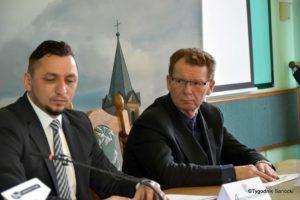 Tomasz matuszewski Grzegorz Kornecki 300x200 - Prawie 5 milionów zasili miejski budżet
