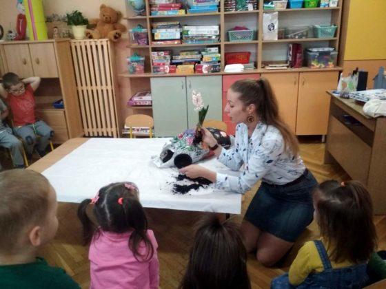 amelia piegdoń 4 560x420 - Wiosennie w przedszkolu na Wójtostwie