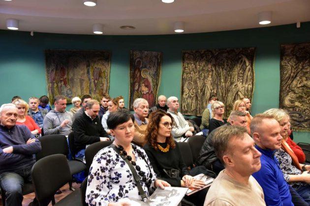 libra 5 630x420 - Andrzej Potocki i świat podkarpackich Żydów – spotkanie w Sali Gobelinowej