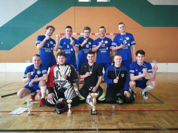 Drużyna KU AZS PWSZ SANOK trzeci rok z rzędu zdobyła Akademickie Mistrzostwo Województwa Podkarpackiego w Unihokeju Mężczyzn!
