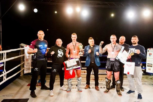 K 1 Rules 114 630x420 - Samuraje na podium, trzy złote medale