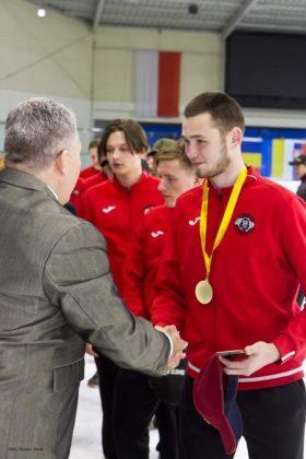 Niedźwiadki ze srebrnymi medalami 55 280x420 - Niedźwiadki ze srebrnymi medalami