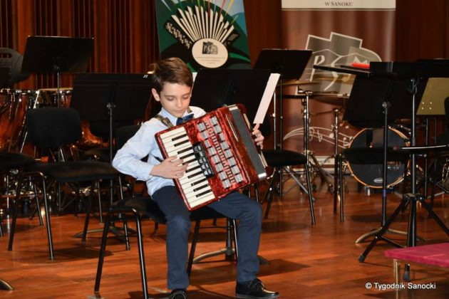 Szkoła muzyczna 10 630x420 - Wiosna? Przez trzy dni w sali koncertowej PSM w Sanoku – z akordeonem