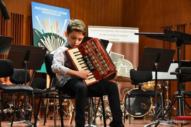 Szkoła muzyczna 11 630x420 - Wiosna? Przez trzy dni w sali koncertowej PSM w Sanoku – z akordeonem