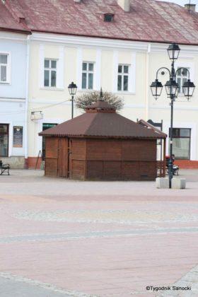 budki 3 280x420 - Komunikat Urzędu Miasta: ogródki gastronomiczne i obiekty handlowe w Rynku
