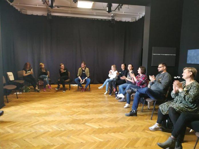 Pedagodzy i teatr. Zakończenie warsztatów w BWA