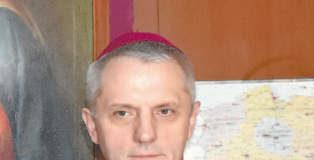 Uobecnianie tajemnicy. Rozmowa z biskupem Stanisławem Jamrozkiem