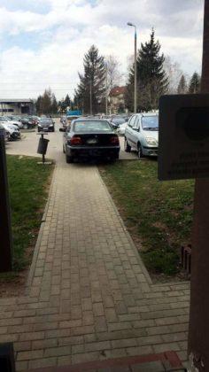 parkowanie po sanocku 4 236x420 - Parkujcie z wyobraźnią!