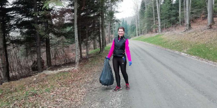 """pozytywnie zabiegani sanok 8 840x420 - Ponad 300 kg śmieci udało się uzbierać grupie """"Pozytywnie Zabiegani Sanok"""""""