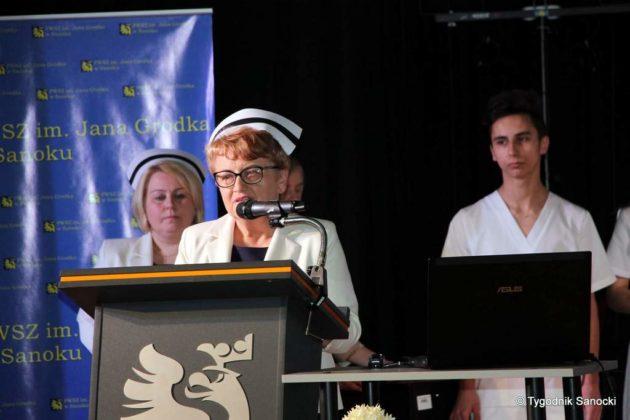 Czepkowanie pielęgniarek i pielęgniarzy 1 630x420 - Czepkowanie pielęgniarek i pielęgniarzy