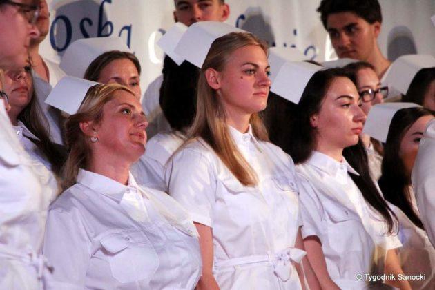 Czepkowanie pielęgniarek i pielęgniarzy 14 630x420 - Czepkowanie pielęgniarek i pielęgniarzy