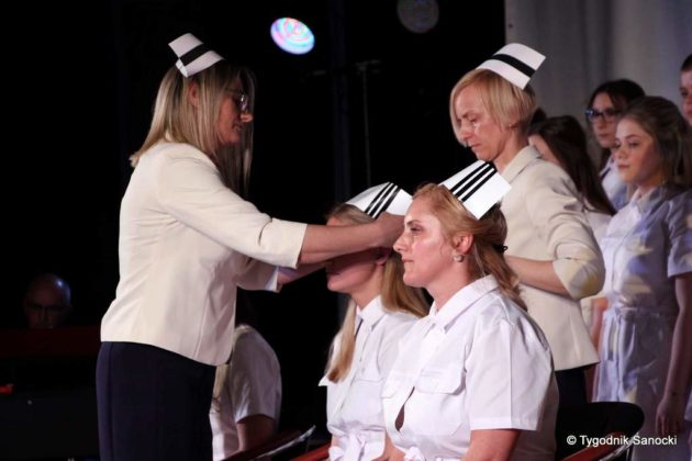 Czepkowanie pielęgniarek i pielęgniarzy 7 630x420 - Czepkowanie pielęgniarek i pielęgniarzy