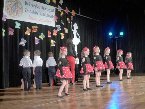 IV Przegląd Dziecięcych Zespołów Tanecznych Ziemi Sanockiej 7 559x420 - IV Przegląd Dziecięcych Zespołów Tanecznych Ziemi Sanockiej