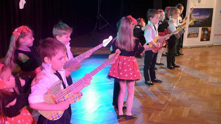 IV Przegląd Dziecięcych Zespołów Tanecznych Ziemi Sanockiej 8 747x420 - IV Przegląd Dziecięcych Zespołów Tanecznych Ziemi Sanockiej