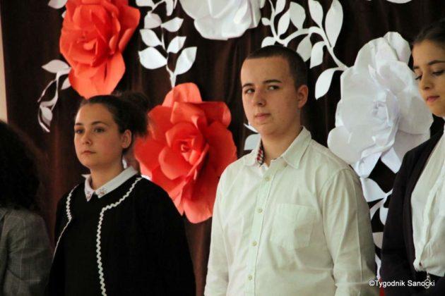 Polska Golgota Wschodu – Katyń 1940 pamiętamy 23 630x420 - Uczniowie SP nr 4 upamiętnili rocznicę zbrodni katyńskich