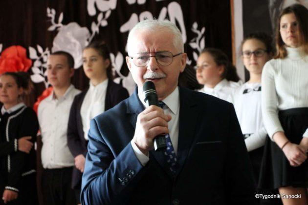 Polska Golgota Wschodu – Katyń 1940 pamiętamy 53 630x420 - Uczniowie SP nr 4 upamiętnili rocznicę zbrodni katyńskich