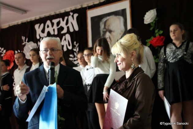 Polska Golgota Wschodu – Katyń 1940 pamiętamy 54 630x420 - Uczniowie SP nr 4 upamiętnili rocznicę zbrodni katyńskich