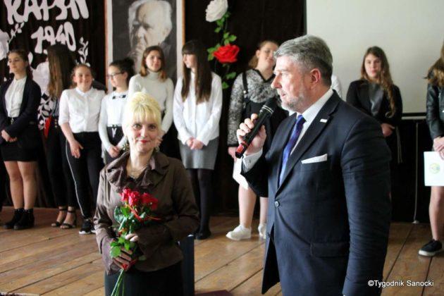 Polska Golgota Wschodu – Katyń 1940 pamiętamy 55 630x420 - Uczniowie SP nr 4 upamiętnili rocznicę zbrodni katyńskich