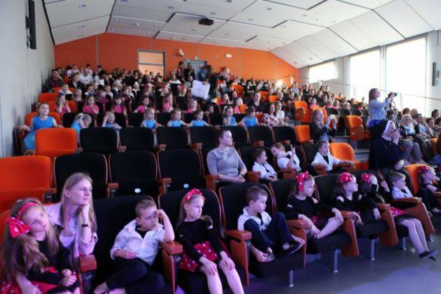 Przegląd Dziecięcych Zespołów Tanecznych Ziemi Sanockiej 9 630x420 - IV Przegląd Dziecięcych Zespołów Tanecznych Ziemi Sanockiej