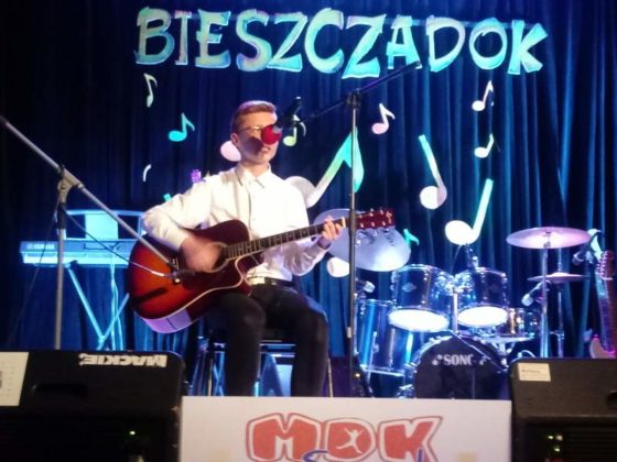 """XIX Przegląd Polskiej Piosenki Młodzieżowej """"Bieszczadok 2019"""" 32 560x420 - XIX Przegląd Polskiej Piosenki Młodzieżowej """"Bieszczadok 2019"""""""